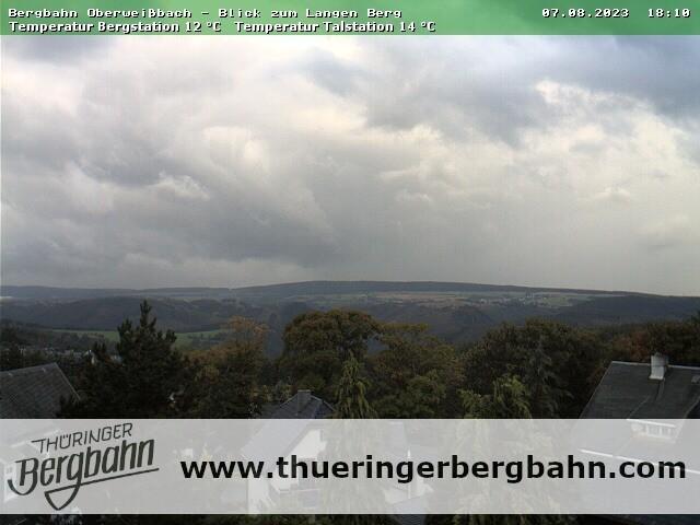 Blick von der Bergstation zur Langen-Berg-Region